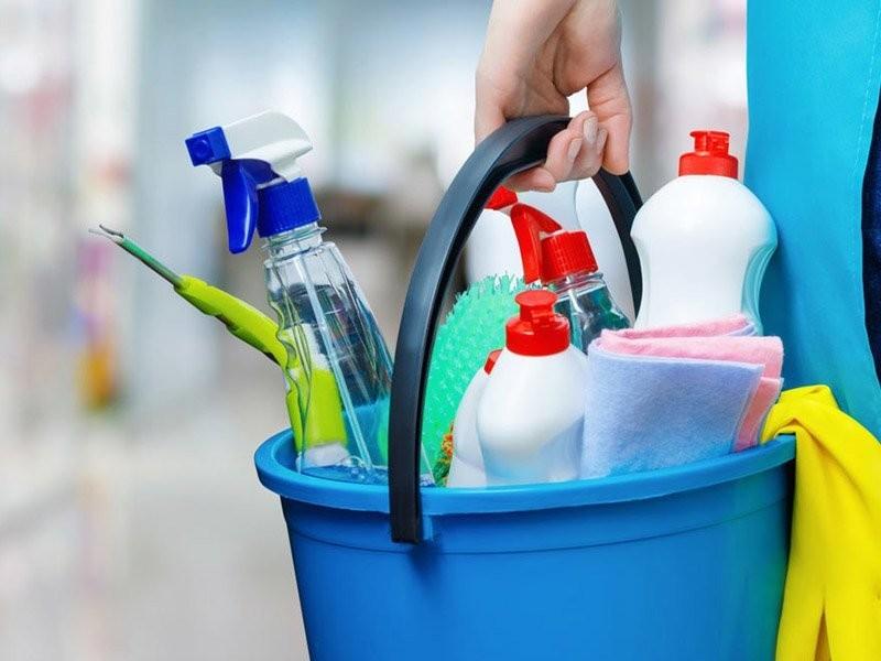 Chemia profesjonalna, rękawice, worki, ręczniki